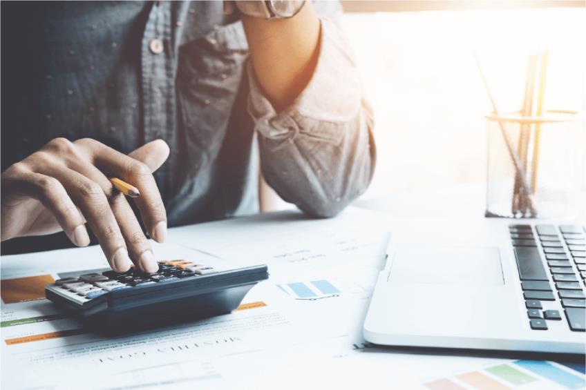 Impozitul pe venituri din salarii si asimilate salariilor 2020: reglementare legala si modalitate de calcul