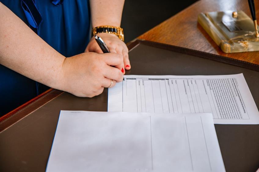 Noul model cadru al contractului individual de munca in format word editabil