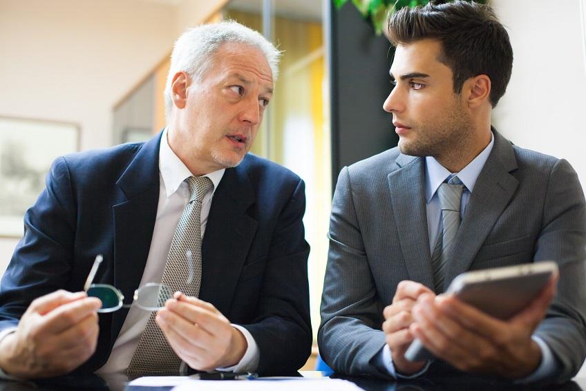 In ce situatii angajatorul poate concedia pe motive care tin de persoana salariatului