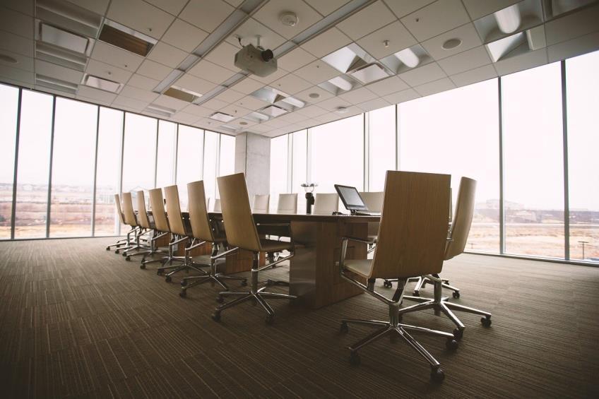 Angajatii companiilor care isi intrerup activitatea din cauza aparitiei unor cazuri de infectare cu coronavirus vor primi indemnizatie de somaj tehnic subventionata