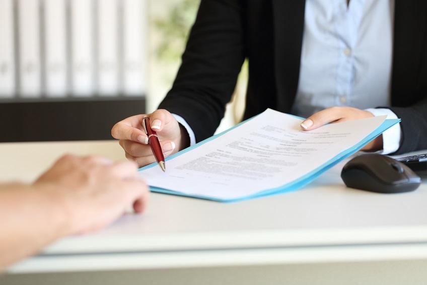Cate contracte de munca poate avea un angajat si in ce conditii
