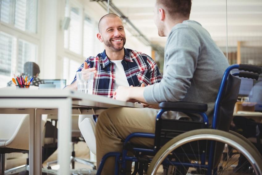 Drepturile de munca ale persoanelor cu dizabilitati. Tot ce trebuie sa stii ca angajat si angajator