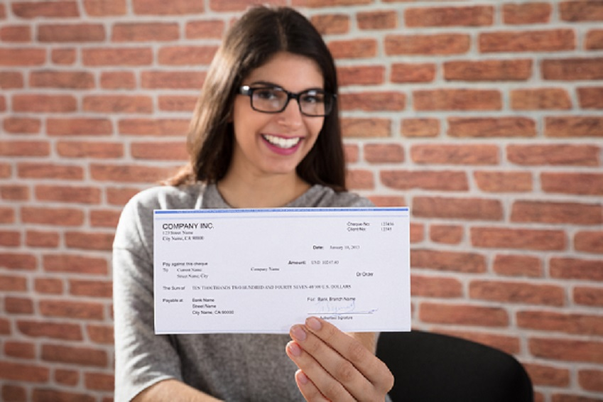 Fluturasul de salariu – ce este, ce contine si cum il interpretezi