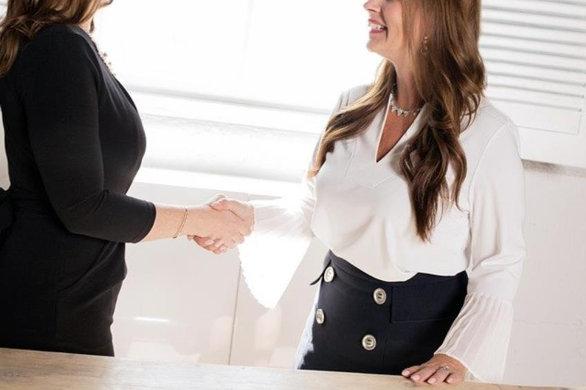 Obligatia de informare - ce trebuie sa stii inainte de a semna contractul de munca