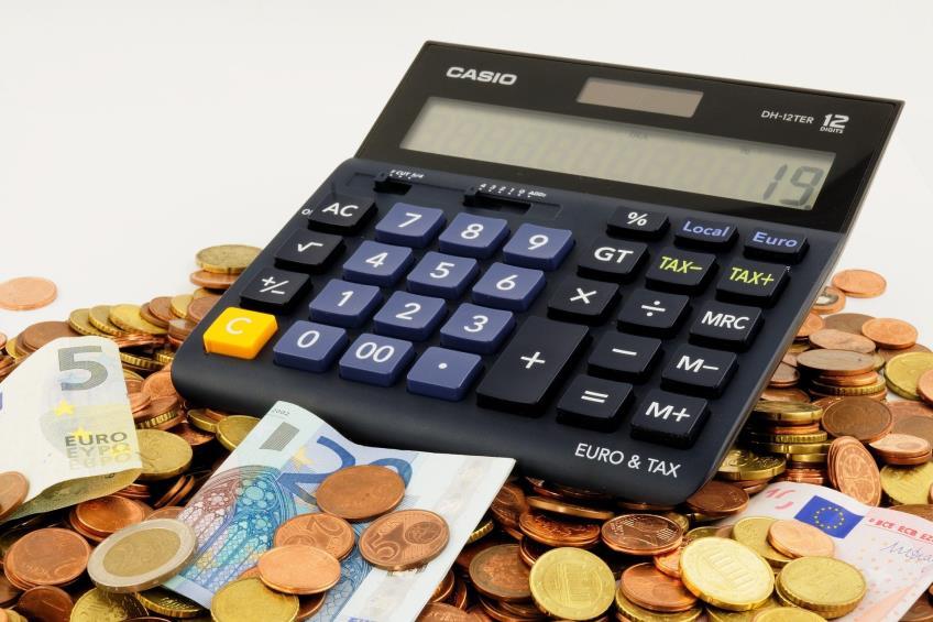 Salariul minim s-ar putea majora la 2300 lei incepand cu 1 ianuarie 2021