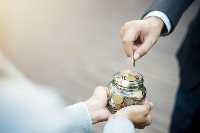 Ghid complet despre redirectionarea cotei de 2% din impozit - prevederi legale, beneficiari, depunere formular