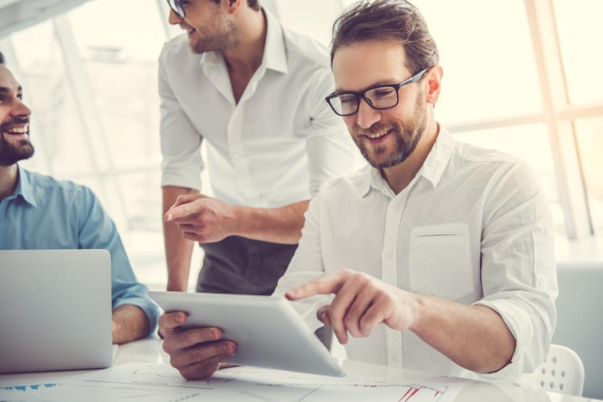 Tot ce trebuie sa stii despre antreprenoriat: forme juridice, etape si factori de influentare