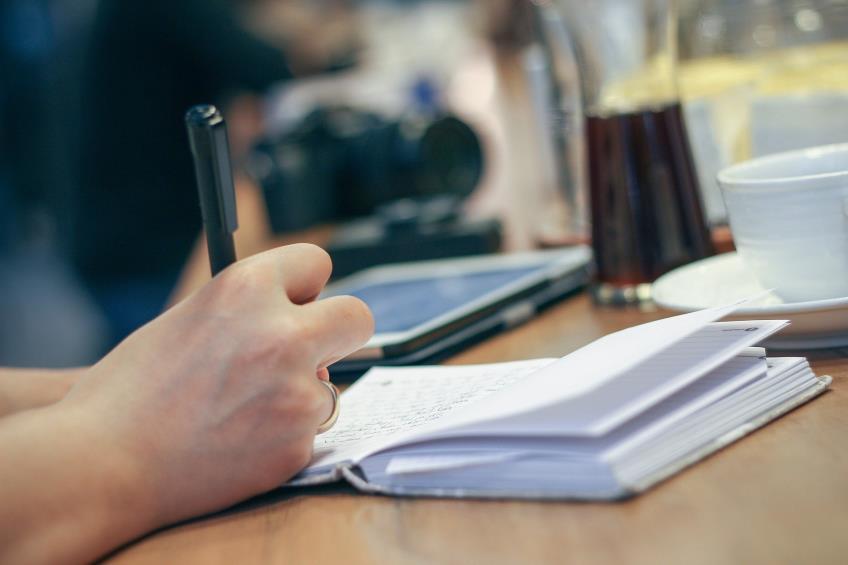Cum se desfasoara colaborarea  intre agentiile pentru plati si inspectie sociala si inspectoratele teritoriale de munca pentru verificarea zilierilor pentru care se acorda masura de sprijin conform art. 4 din OUG 132/2020